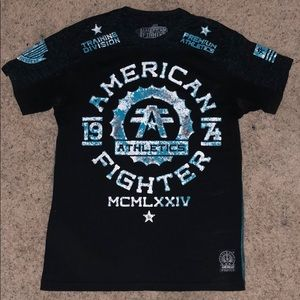 Black and blue American fighter T-shirt.